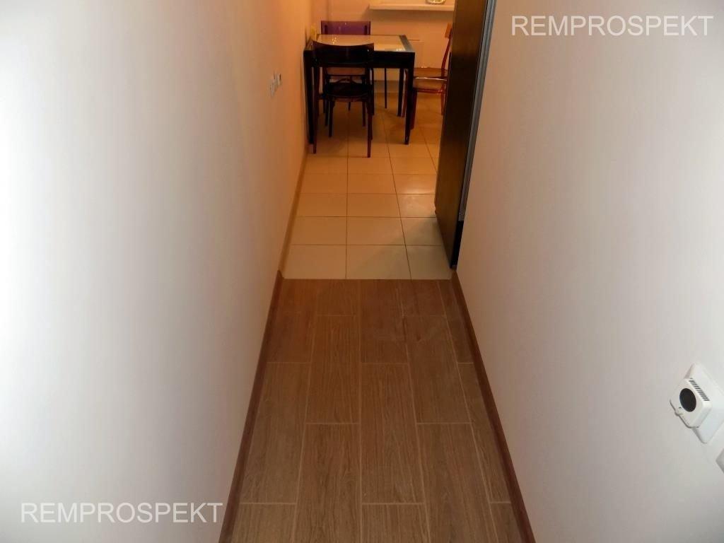 Косметический ремонт коридора и кладовой в квартире